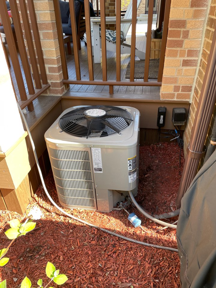 Whitefish Bay, WI - High velocity AC system tune up.