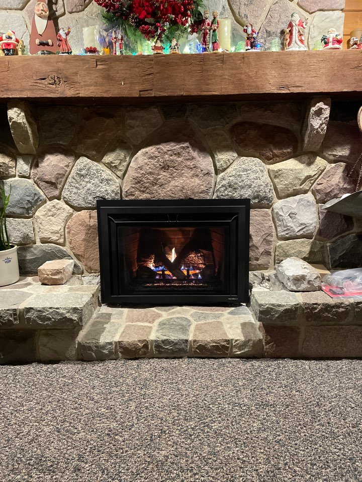 Clarkston, MI - Another HeatnGlo insert installed just in time for Christmas!