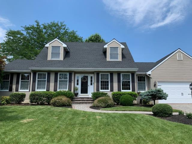 Greenwich Township, NJ - Roof replacement on this stunning home using GAF Timberline Charcoal shingles.