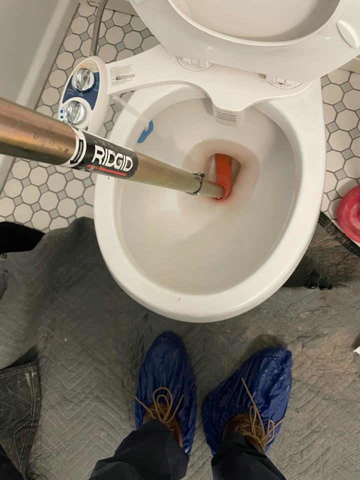 Long Beach, CA - Clogged toilet call drain town rooter for your clogged toilets