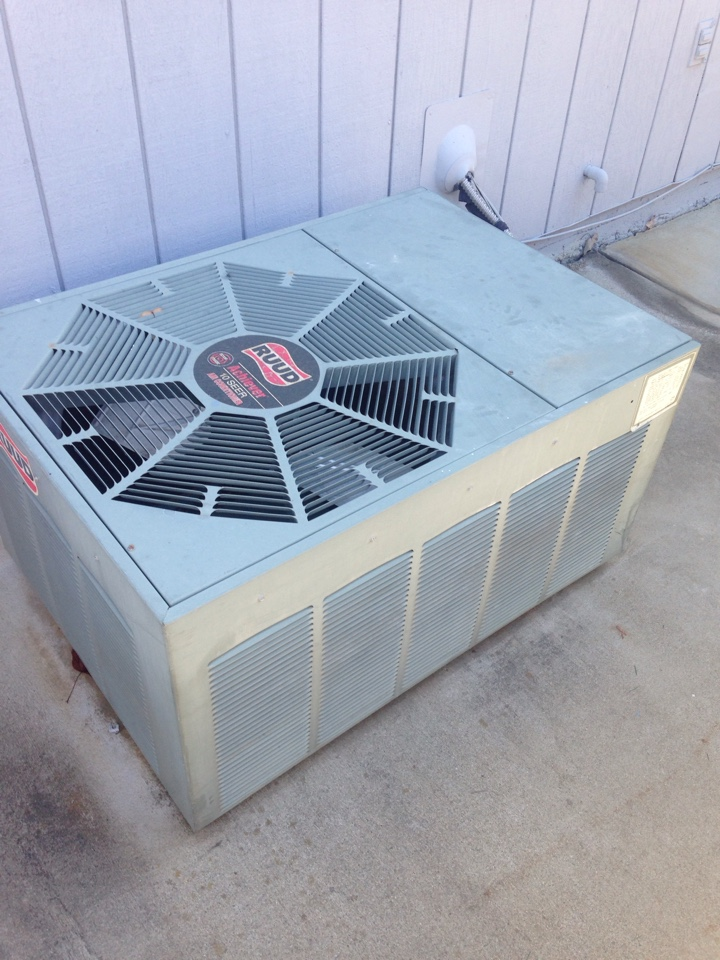 Cameron Park, CA - Air conditioning service and tune up on a rheem install