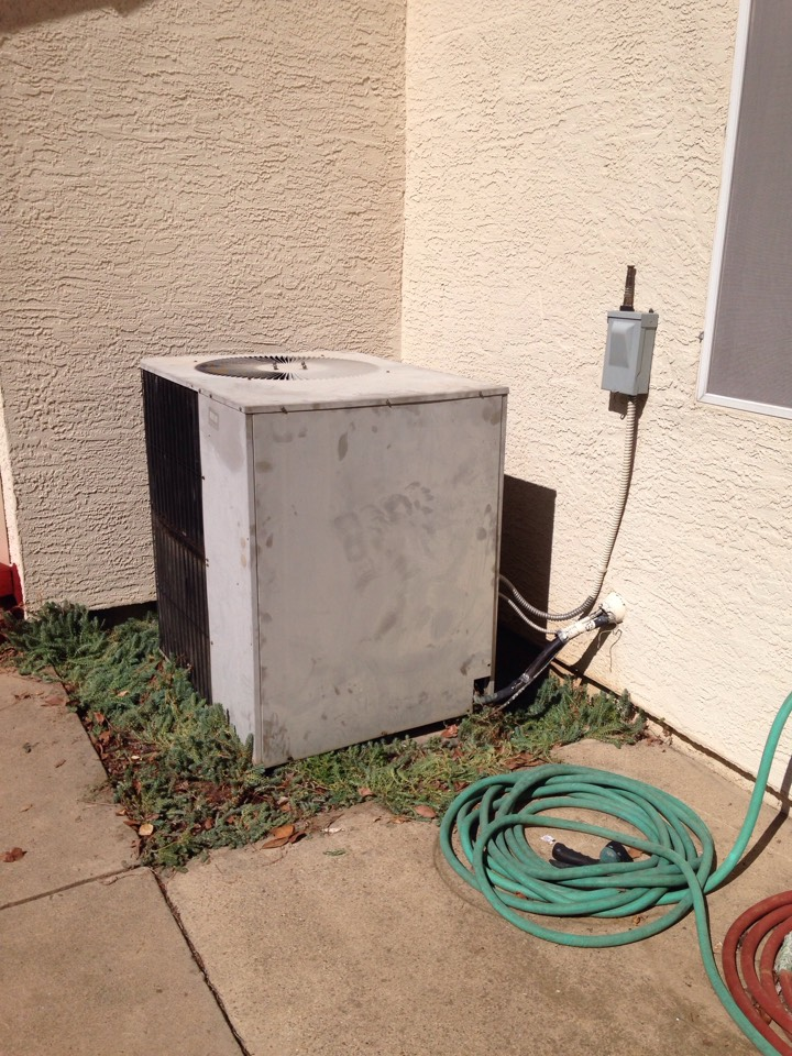 Marysville, CA - Heating and air conditioning install repair and service tune up on a York system