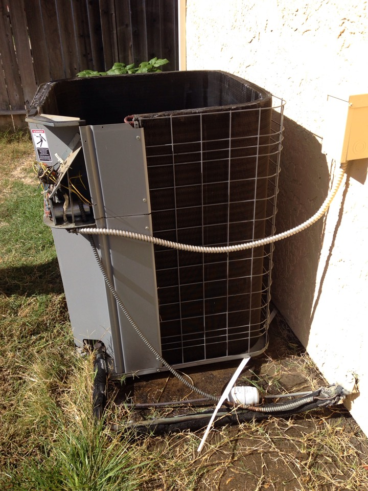 Davis, CA - Furnace and ac tune up repair and maintenance on a Bryant install