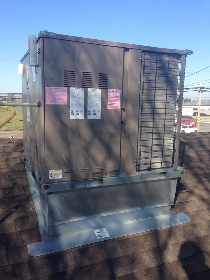 West Sacramento, CA - York package on roof. Test and setup unit.