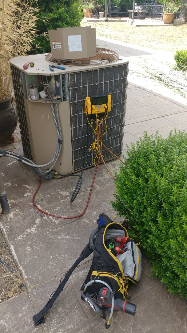 Roseville, CA - I working on a York 14 yrs. A/C unit located in Roseville, CA.