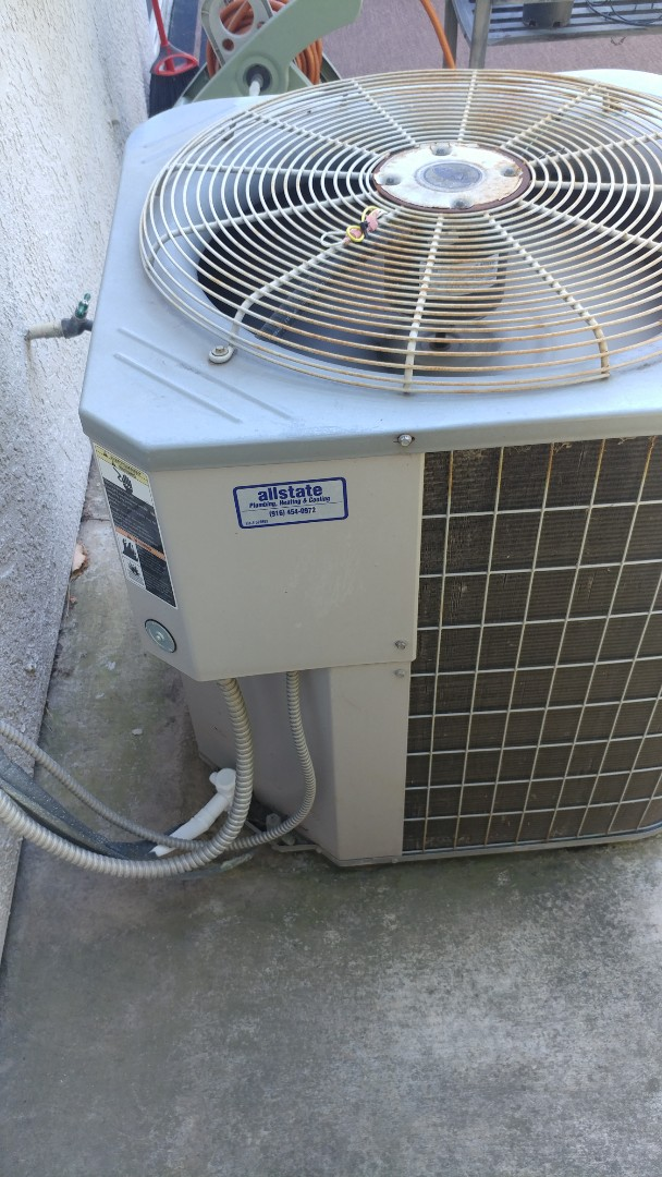 Elk Grove, CA - I'm working on a Carrier 21 year 3 Ton A/C unit. Located in Elk Grove, CA.