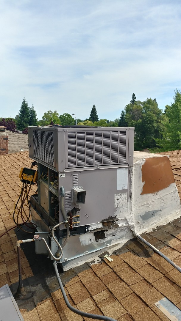 Roseville, CA - I'm working on a 13 yrs. Carrier gas package unit in Roseville, CA