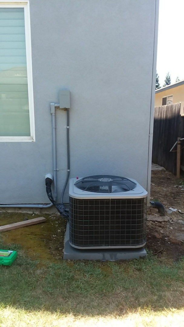 Elk Grove, CA - Performing diagnosis and Rejuvenation on 2013 Day and Night Big Mountain install