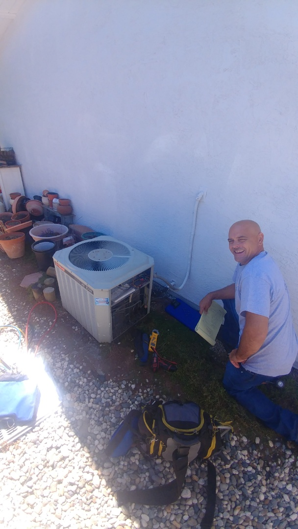 Citrus Heights, CA - I'm working on a 22 yrs. Old Trane A/C unit located in Citrus heights, Ca