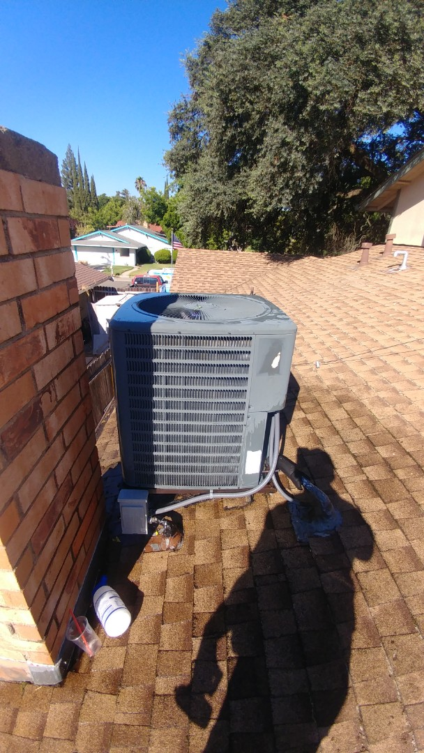 Rocklin, CA - I'm working on a 9 yrs. Amana A/C unit located Citrus Heights, Ca