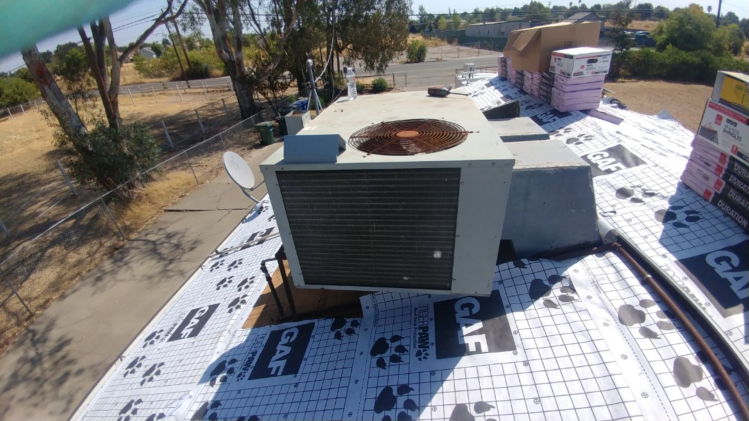 Rio Linda, CA - I'm working on a 19 yrs. Trane Gas Package unit located Rio Linda, Ca