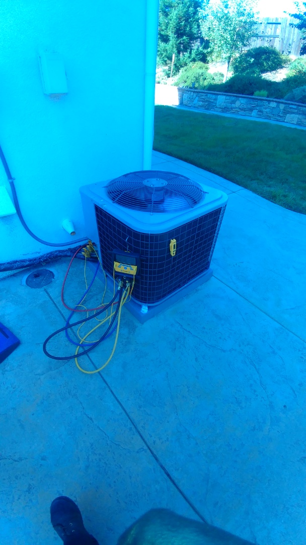 Fair Oaks, CA - I'm working on a 2 yrs. Day & Night A/C located in Roseville, Ca