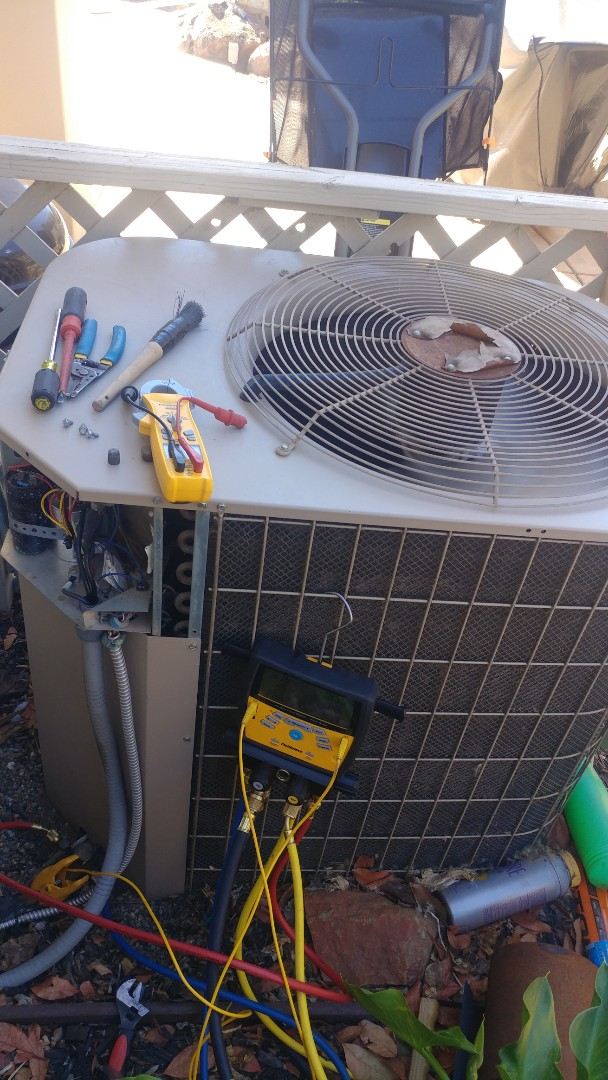 El Dorado Hills, CA - I'm working on a 13 Yrs. A/C unit located in El Dorado Hills, Ca
