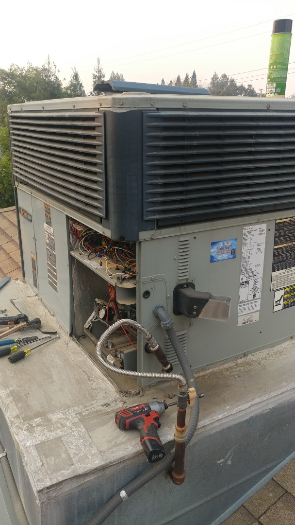 Carmichael, CA - I'm working on a 9 yr. Old Trane Gas Package unit located in Carmichael, Ca