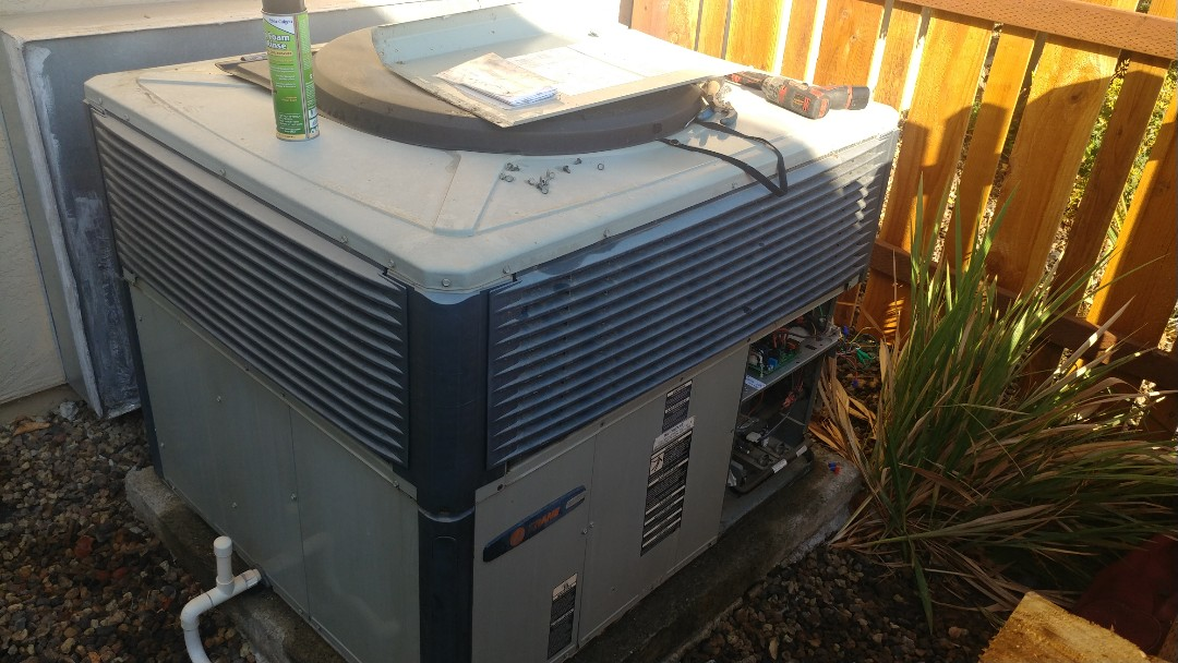 Elk Grove, CA - I'm working on a 10 yrs. Old Trane unit Located in Elk Grove