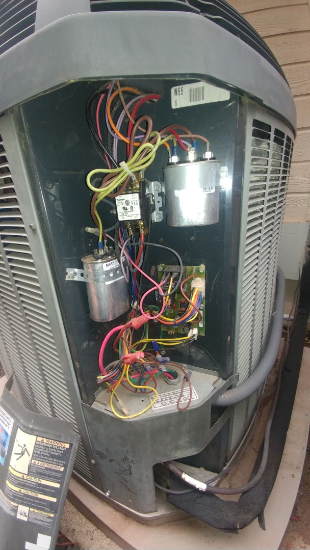 Elk Grove, CA - I'm working on a 18, 12, 5 yrs old Heat pump system located in Elk Grove, Ca