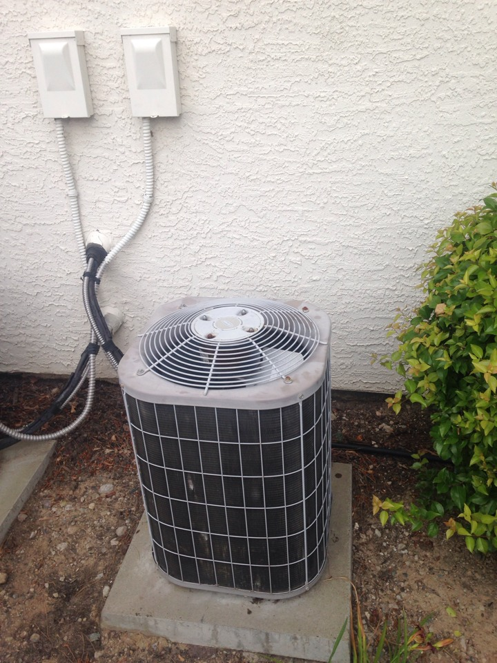 North Highlands, CA - Air conditioning service and install