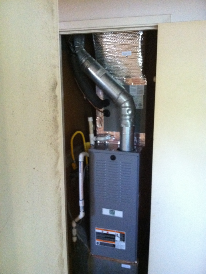 West Sacramento, CA - Furnace in closet changeout with a/c
