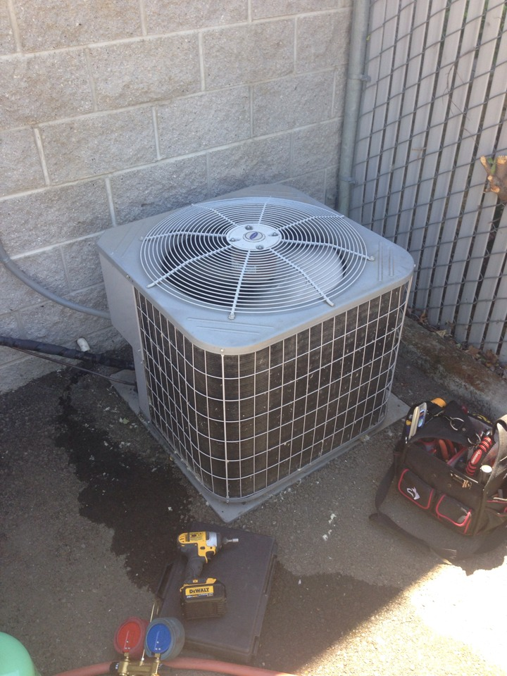 Placerville, CA - Heating repair and air conditioning maintenance on a high efficiency Trane system.