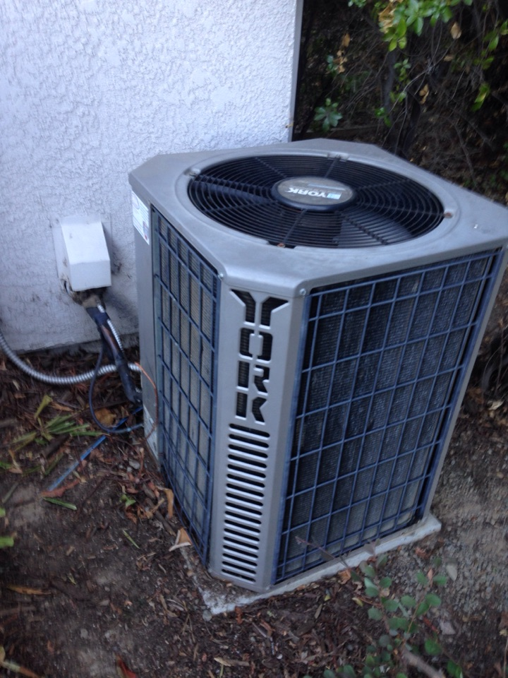 Fair Oaks, CA - Heating and air conditioning installation repair and duct cleaning on a rheem