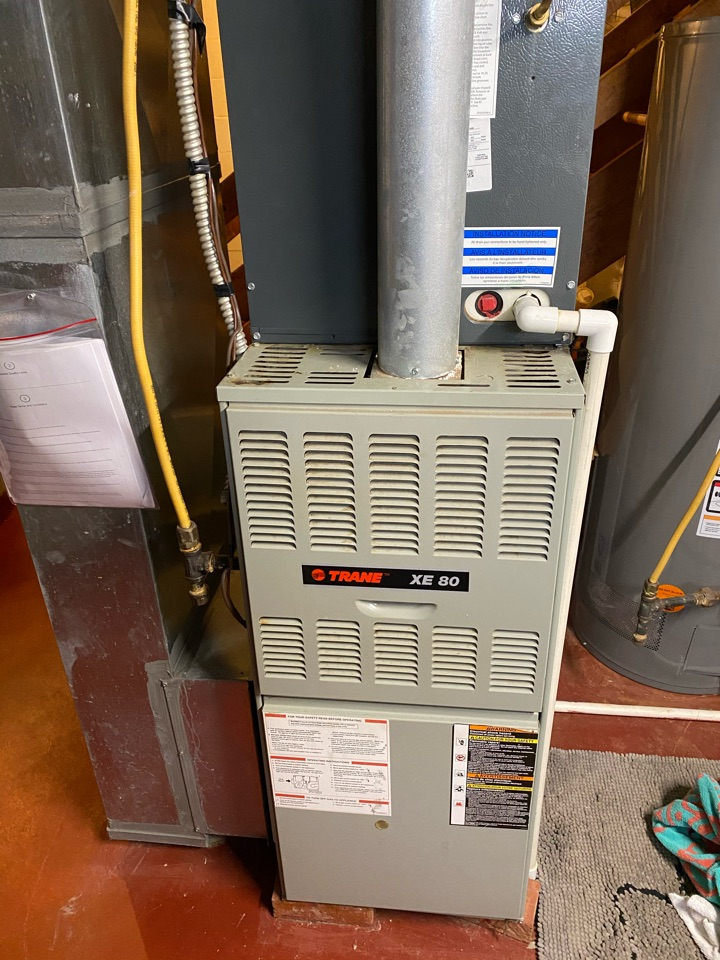 Canal Winchester, OH - Doing maintenance on a Trane 80% furnace