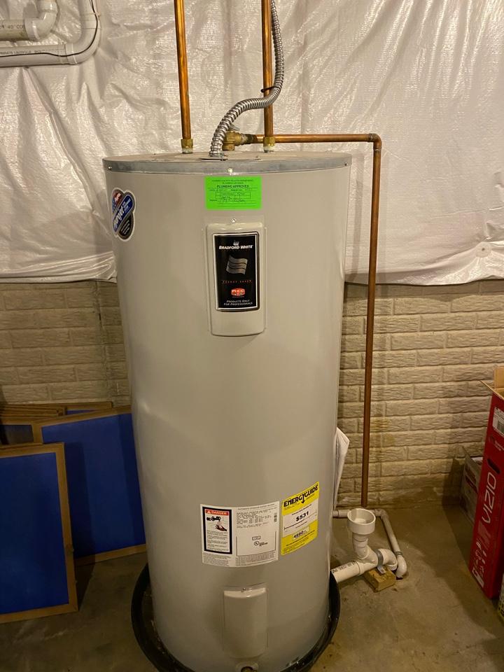 Pataskala, OH - Flushing a Bradford white hot water tank in pataskala heat Ohio