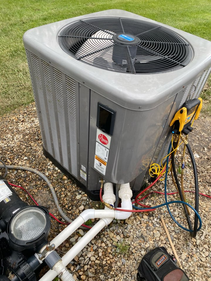 Johnstown, OH - Working on a rheem pool heating condenser in Johnstown Ohio