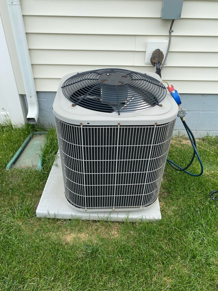 Blacklick, OH - Doing routine maintenance on a Bryant air conditioner in blacklick Ohio