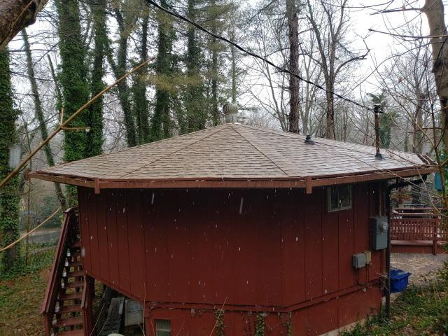 Asheville, NC - Brand new GAF Golden Pledge roof installation completed just in time for the rain in Asheville, NC.