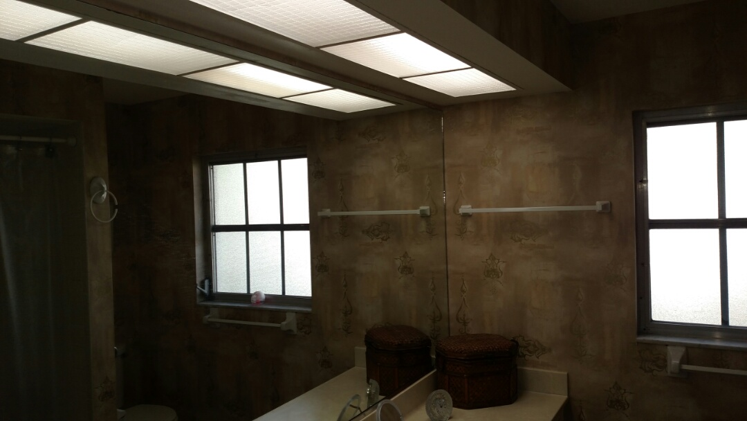 Venice, FL - Retrofitted existing bath room flourescents into LED.