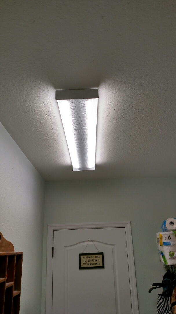 Venice, FL - Retrofitted existing laundry room flourescent to led. Near me