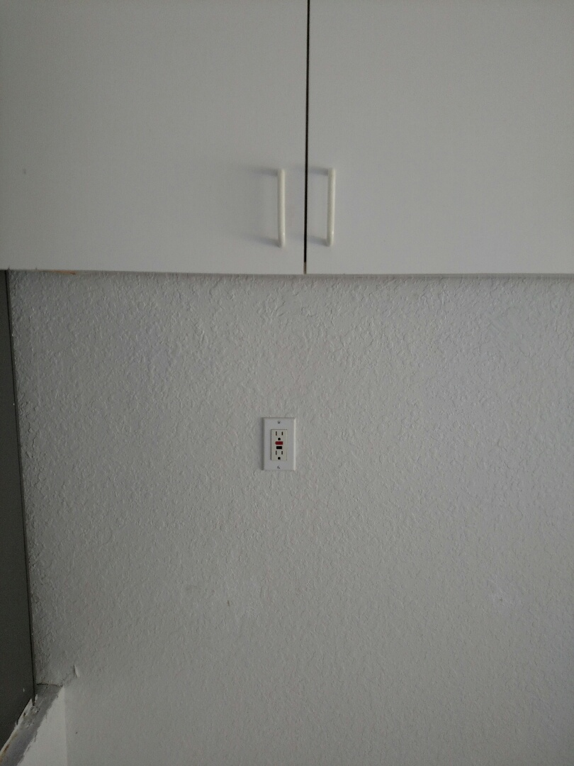 North Port, FL - Diagnosed master bath gfi outlets not working.