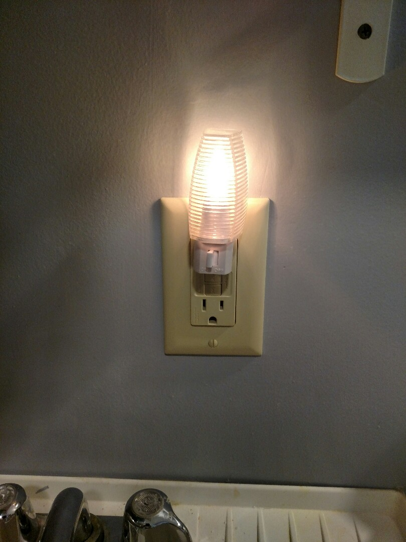 Venice, FL - Replaced gfi outlet