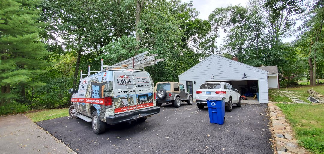 Westport, CT - Roof replacement, new Owens Corning roof system.
