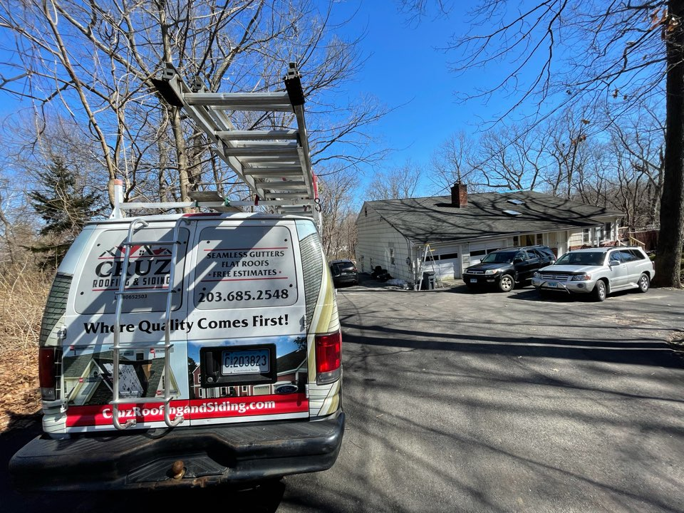 Westport, CT - Full roof replacement with seamless gutters. Free estimates.