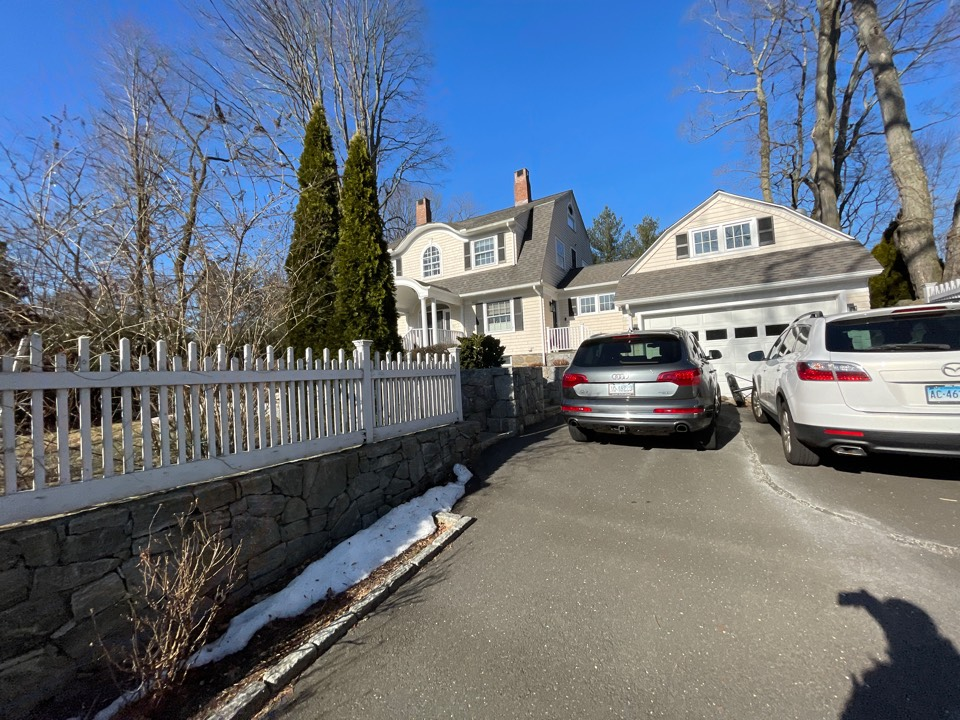 Greenwich, CT - Entire roof replacement with seamless gutters. Free estimates.