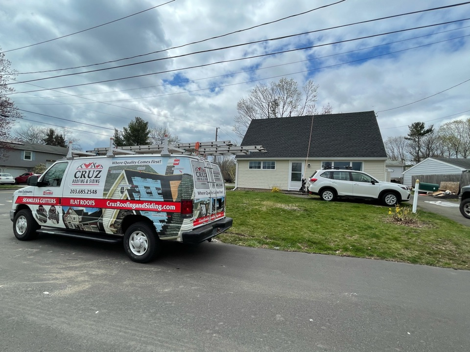 Milford, CT - Roof repair, client recently purchased he's home with a new roof and roof is leaking client called us to asses the problem, we will have it fix in no time.
