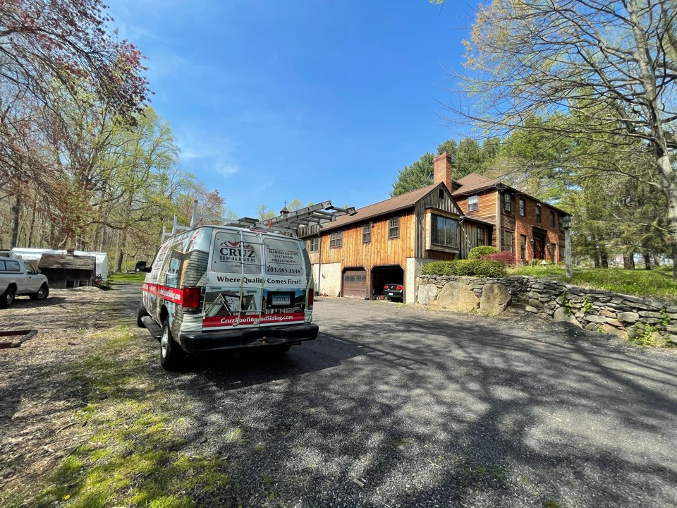 Weston, CT - Roof replacement, NEW GAF Timberline roof system.