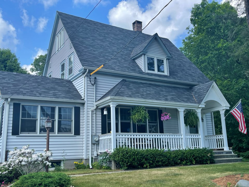 Greenwich, CT - Roof replacement, new GAF timberline roof system.