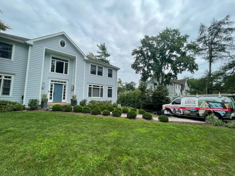 Greenwich, CT - Roof replacement in Riverside Connecticut, We will be installing a new cedar roof, 18 inch cedar shingles.