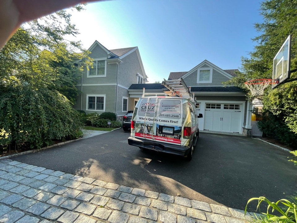 Greenwich, CT - Roof replacement In Riverside Connecticut, we will be installing a new Owens corning total roof protection system in color slate stone gray.