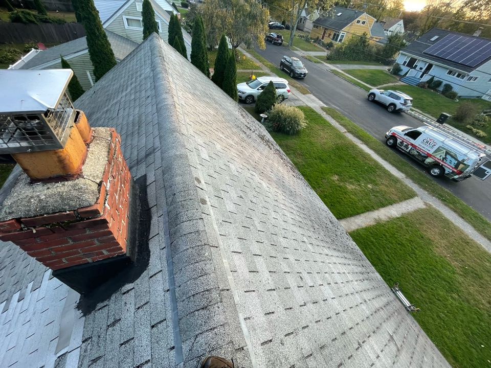 Milford, CT - Roof replacement in Milford Connecticut, we will be installing a Owens corning total roof protection system in color Slatestone gray.