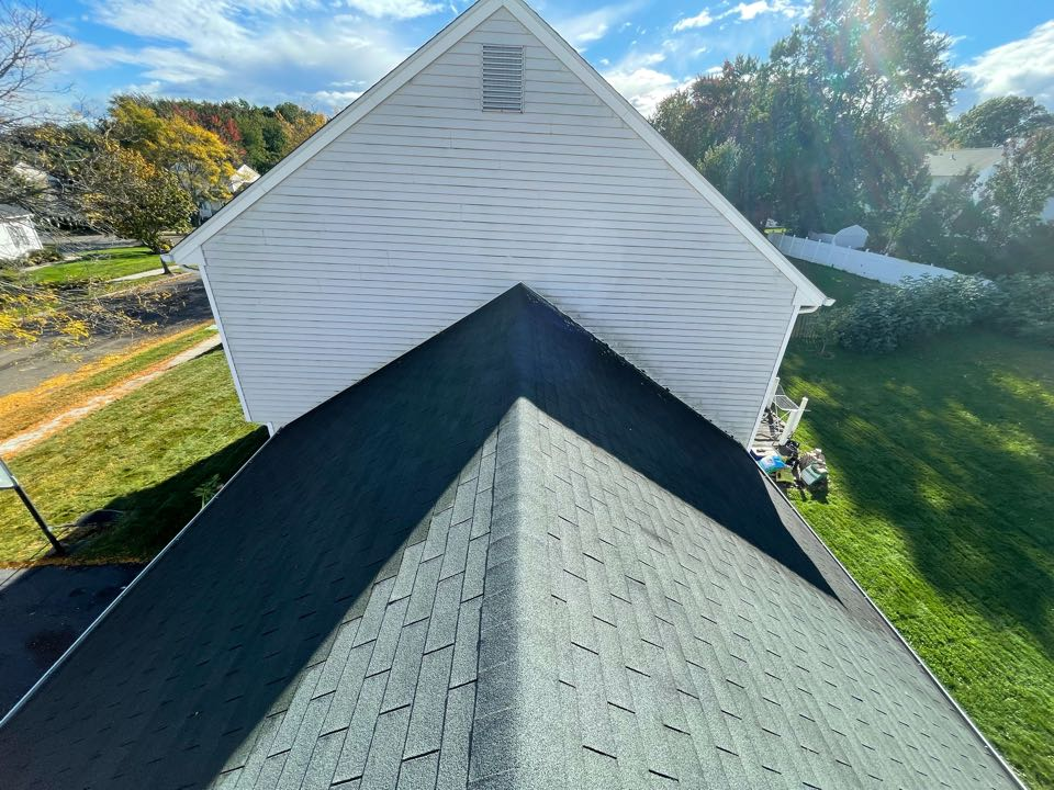 Milford, CT - Roof replacement in Milford Connecticut, we will be installing a new Owens corning total roof protection system in color slatestone Grey.