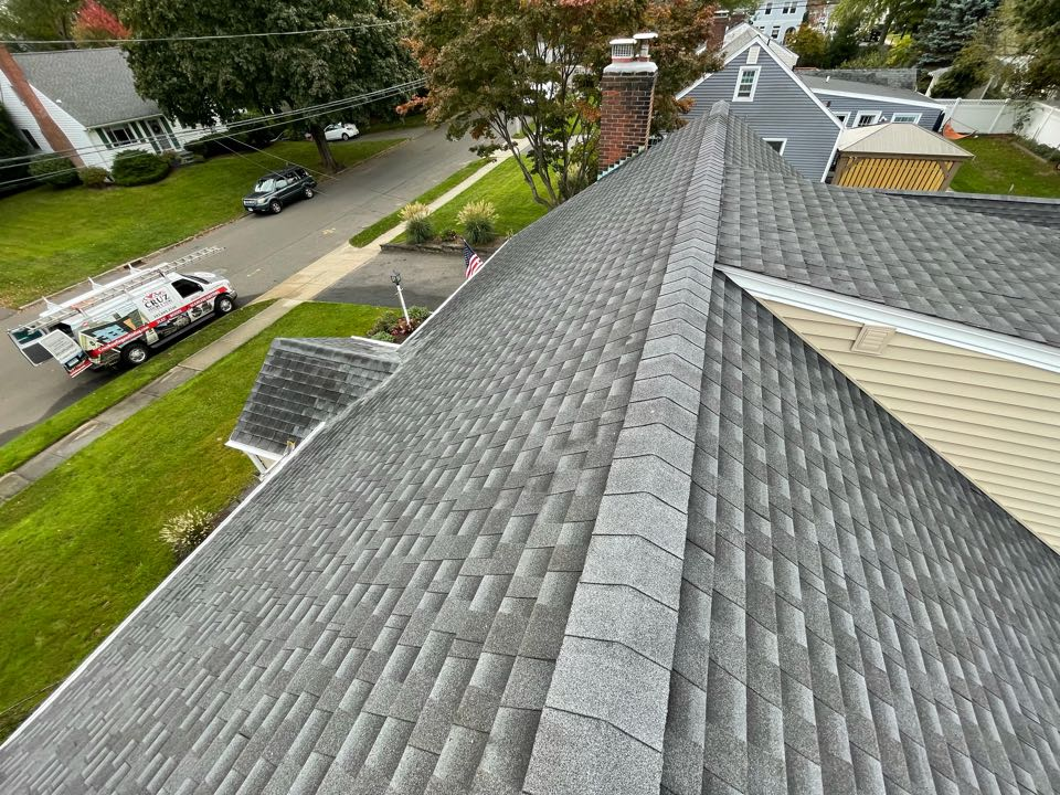 Milford, CT - We will be replacing the roof on this clients house we did vinyl siding installation last year. We will be installing a new GAF timberline roof system in color charcoal.