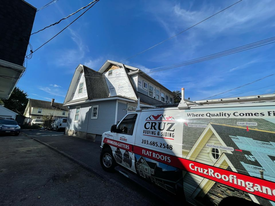 Norwalk, CT - Roof replacement in Norwalk Connecticut, We will be installing a GAF Timberline roof system in color charcoal.