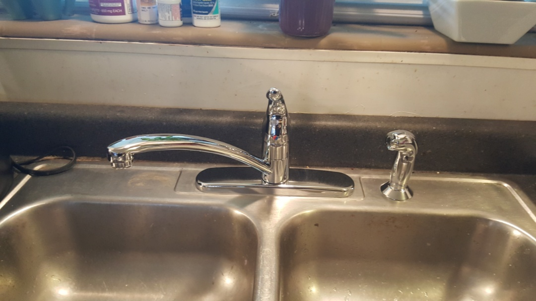 Murray, UT - Replacing kitchen faucet.  Murray