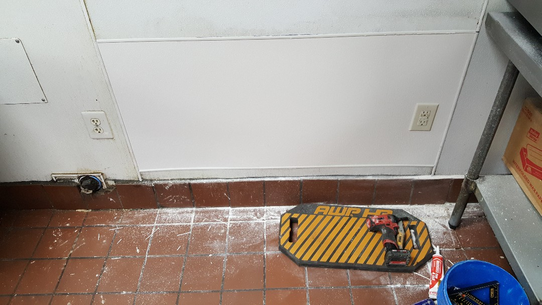 Repair wall after a leak in commercial buildings in Ogden