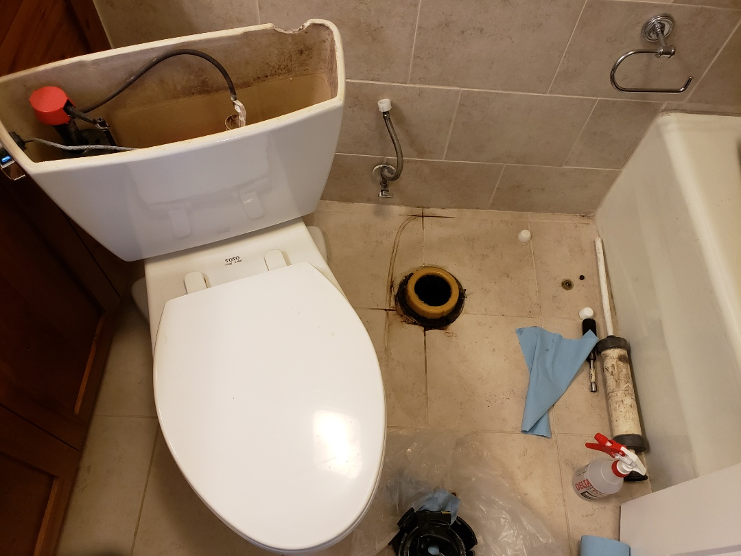 Replacing leaky wax ring for toilet. Salt Lake city