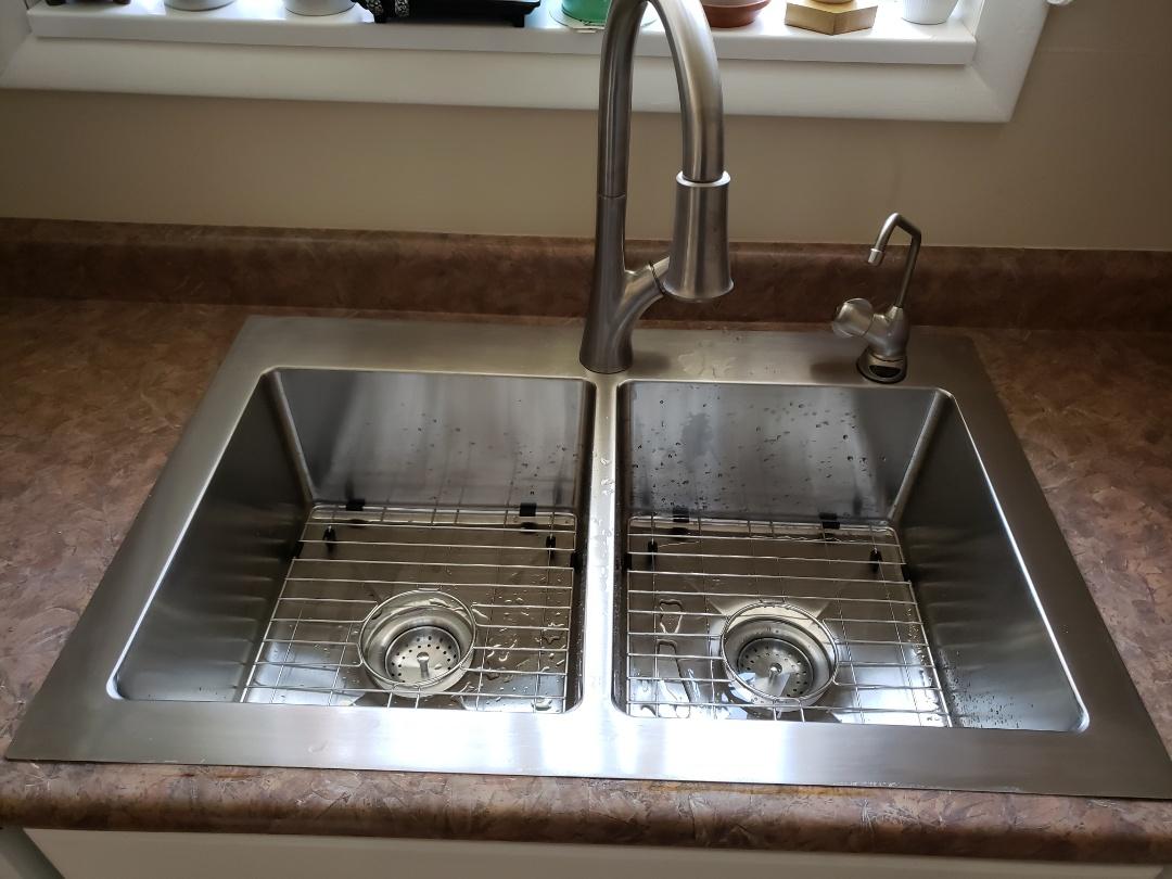 West Jordan, UT - Replacing old kitchen sink and faucet. West jordan