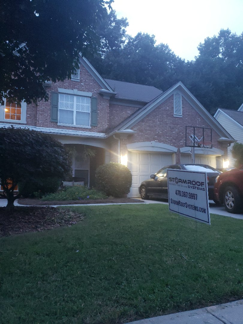 Smyrna, GA - We were able to get a brand new roof paid for by Statefarm Insurance saving this homeowner thousands of dollars. The homeowner chose a Certainteed architectural charcoal grey for their new roof.